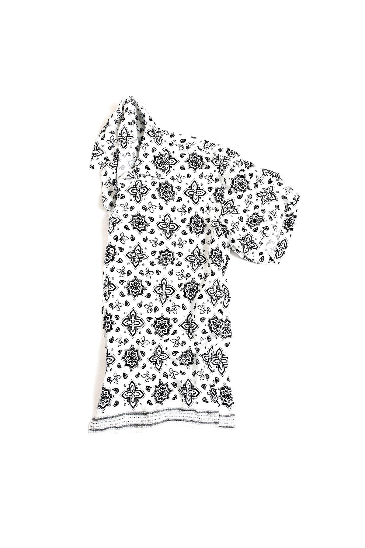Beyaz Transfer Baskılı Desenli Gömlek