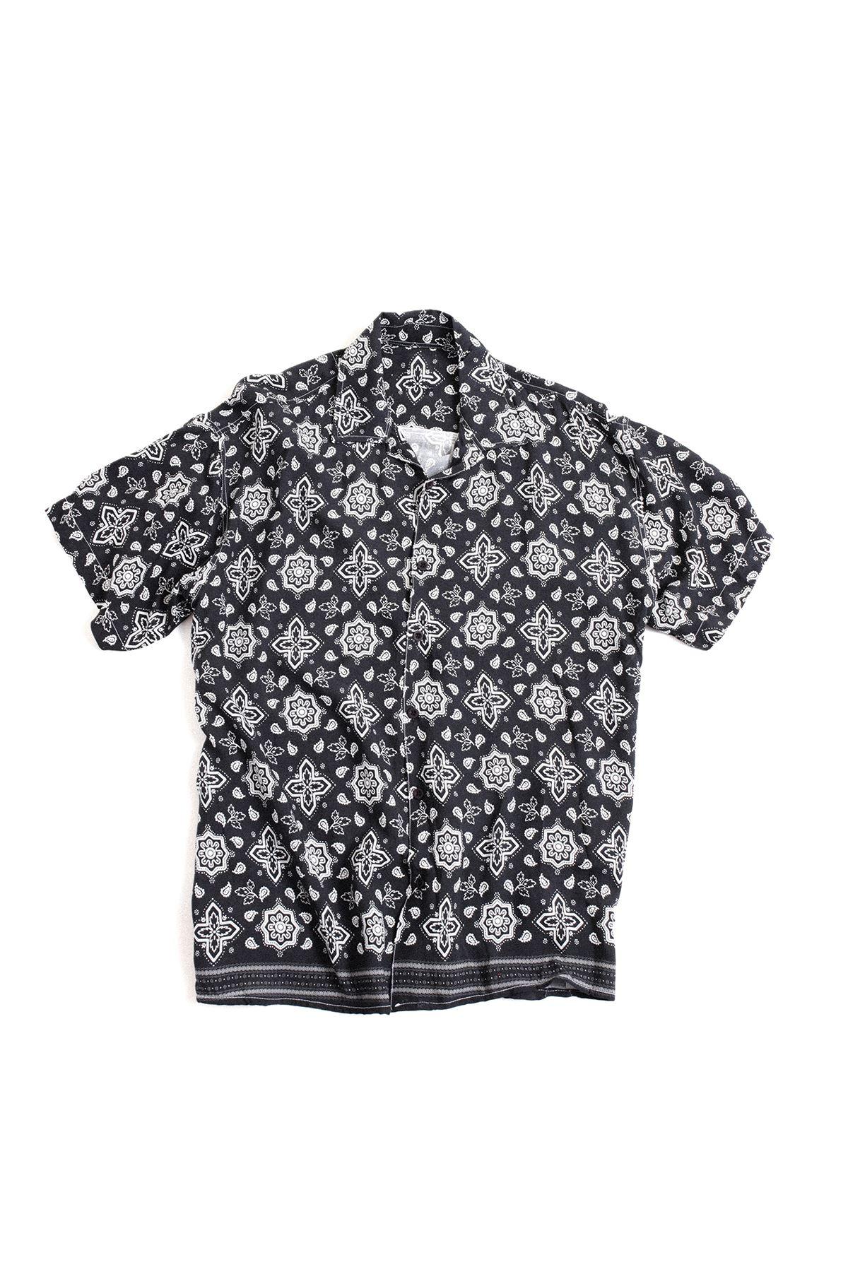 Siyah Transfer Baskılı Desenli Gömlek