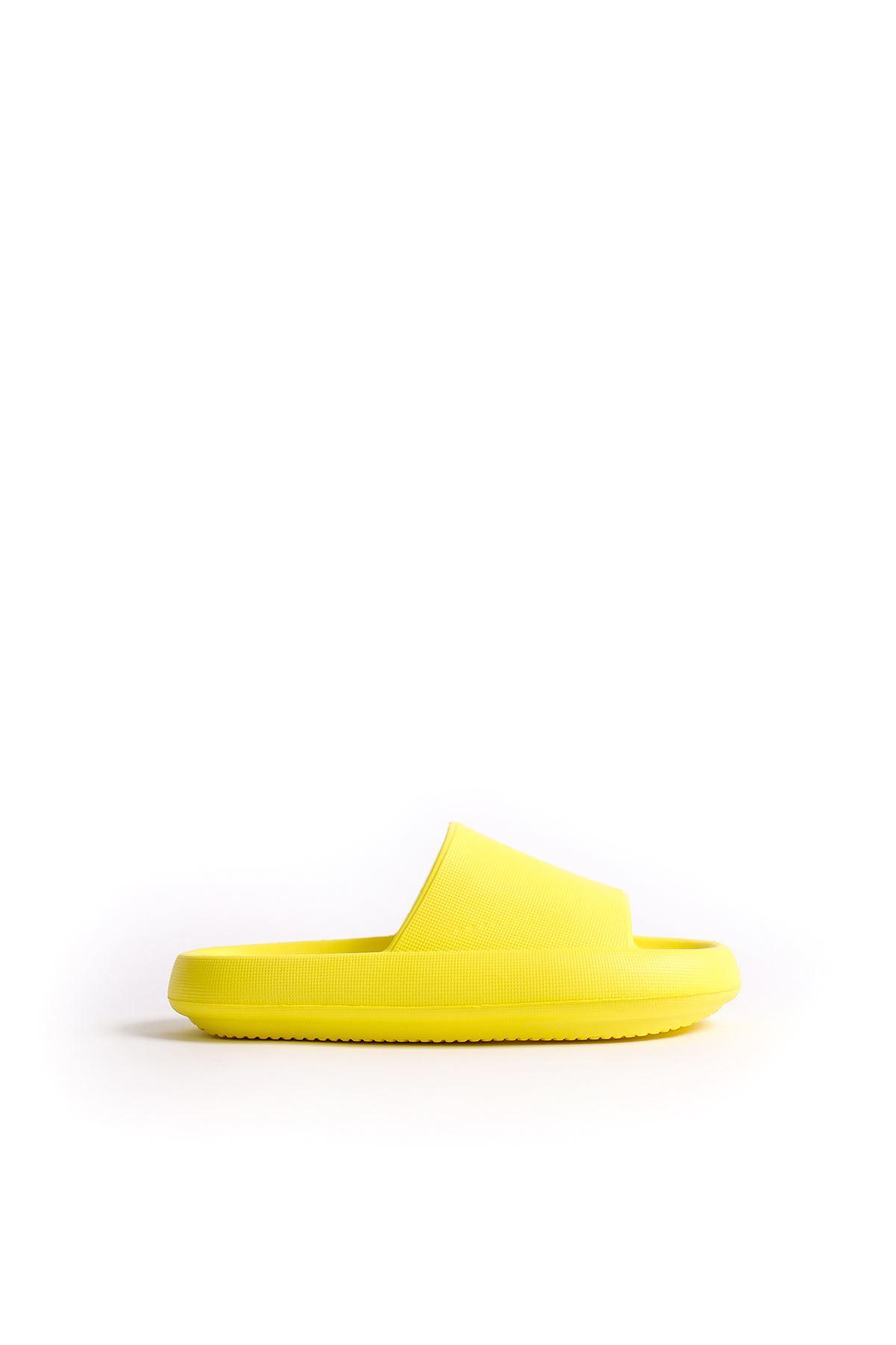 Sarı Renk Tek Bantlı Terlik